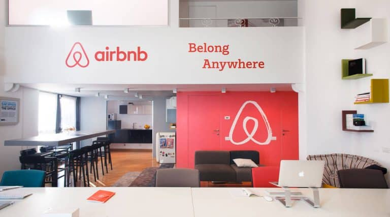Airbnb Οδηγίες καθαρισμού για την πρόληψη της εξάπλωσης της νόσου COVID-19